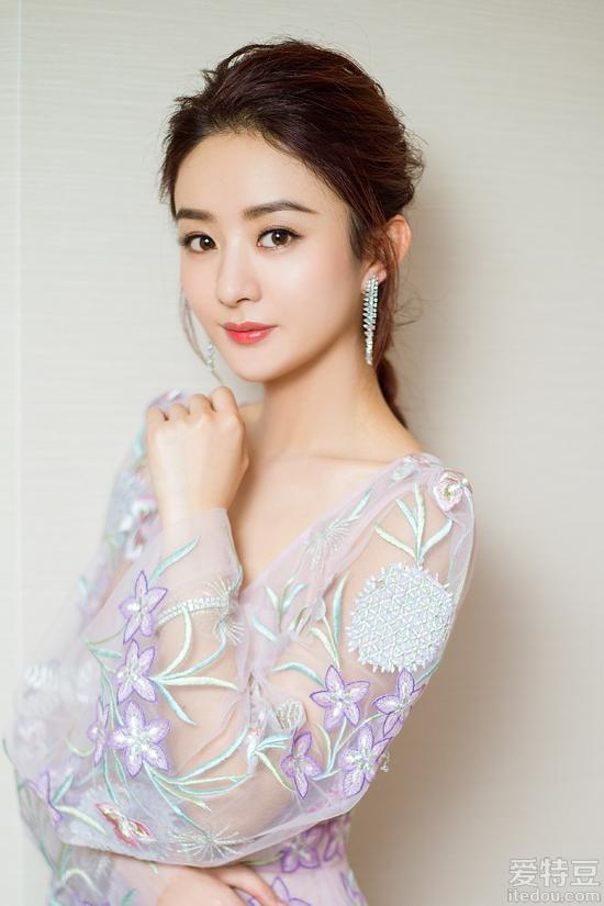 赵丽颖确认加盟综艺 《七十二层奇楼》