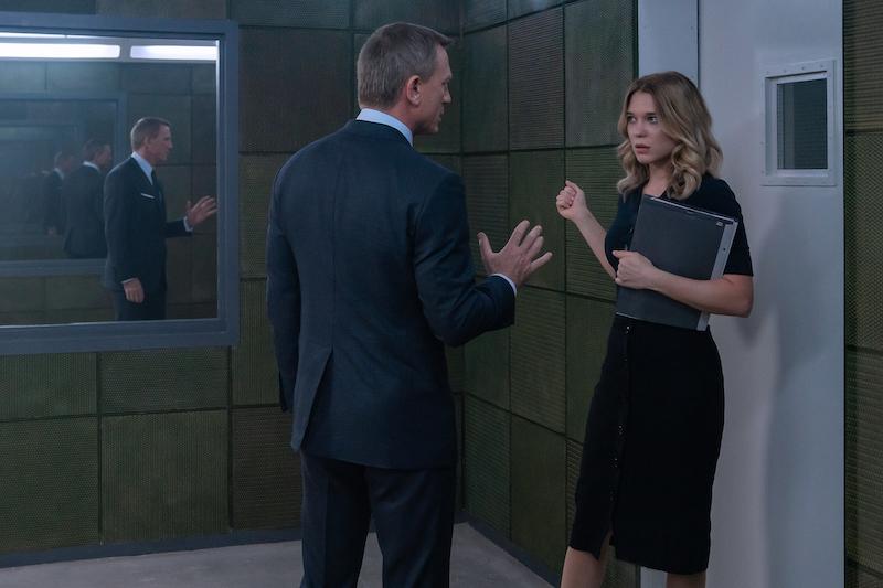 《007:无暇赴死》007深陷迷局