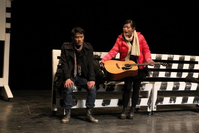 大学生戏剧艺术节:话剧《11站台》