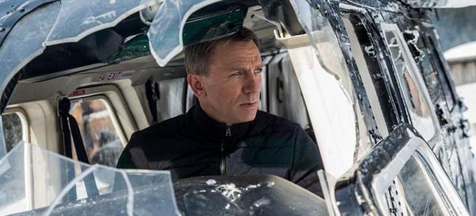 《007:幽灵党》:从创新重回保守
