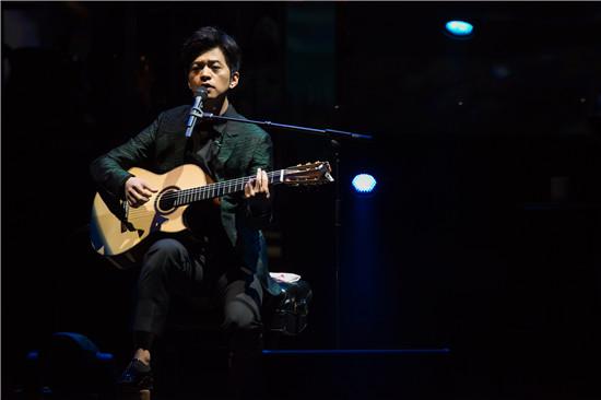 李健全球巡演纽约站落幕 首位林肯中心开唱的内地歌手