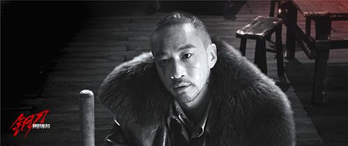 何润东李东学圆寸造型玩颠覆 双东诠释铁血硬汉