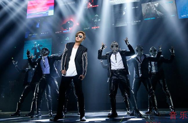罗志祥世界巡演唱响上海 全场万人齐嗨