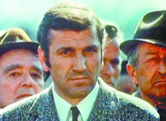 """""""瓦尔特""""扮演者日沃伊诺维奇病逝 享年83岁"""