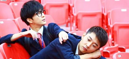 """《我去上学啦》张丹峰""""有毒"""" 意外熏倒薛之谦"""