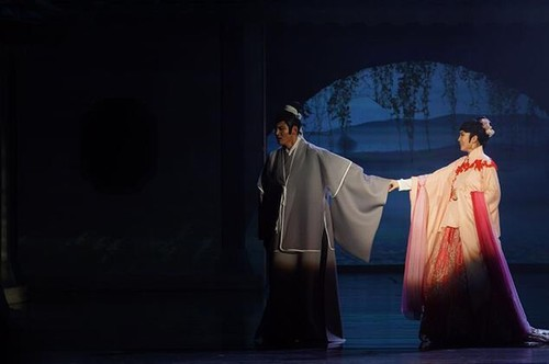 音乐剧《汤显祖》开演 展现中国风范