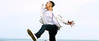 王野单曲《我可以》MV正式上线