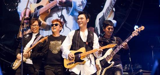 温拿太极两支乐队香港隆重开唱