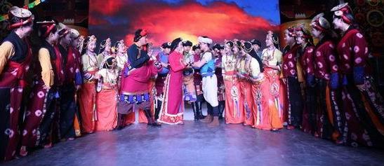 大型民族音乐剧《康定情歌》成都首演