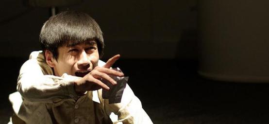 《驴得水》小铁匠:专注话剧的演员郑磊