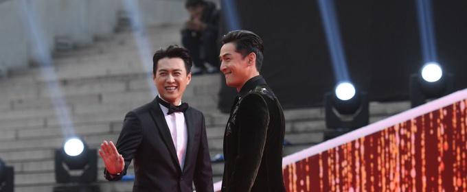 赵丽颖否认退出娱乐圈 赵又廷喜欢姑父称号