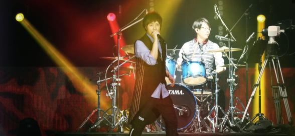 """五月天""""第10代大型巡回演唱会""""高雄开唱"""