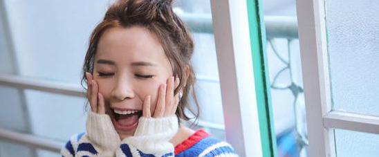 黄雅莉新歌《喂!有没有人在》MV今日上线