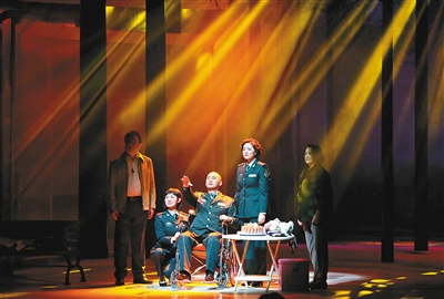 话剧《麻醉师》亮相天津大剧院歌剧厅