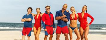电影《海滩救护队》举办慢动作马拉松
