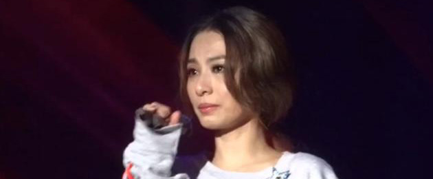 田馥甄长沙演唱会与歌迷合唱激动落泪