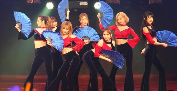 4月27日,SNH48国际化小分队7SENSES空降北京星梦剧院,举办了SNH48 7SENSES 1ST SHOWCASE IN BEIJING专场活动,同时带来首张唱片答谢握手会。