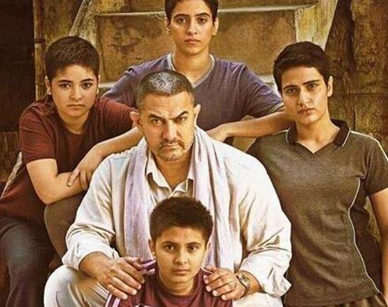 印度电影《摔跤吧,爸爸》又给我们上了一课