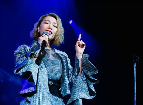 金池世界巡回演唱会加拿大温哥拉首唱