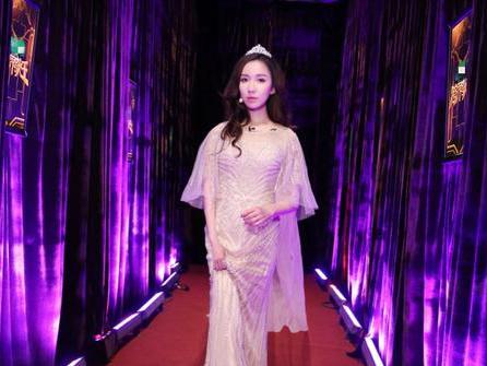 本周六娄艺潇霸气踢馆2017 《跨界歌王》
