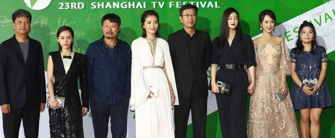 张译殷桃分别摘得第23届上海电视节视帝后