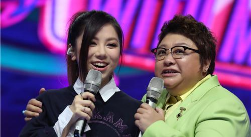 《我想和你唱》邓紫棋韩红同台切磋唱功