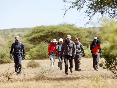 《我们的征途》征途家族徒步穿越塞伦盖蒂大草原