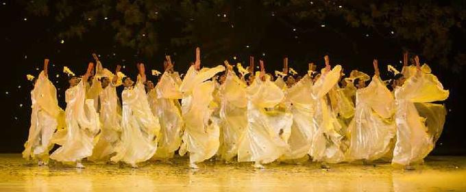 中国民族舞剧《孔子》在日本公演
