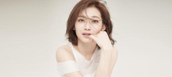 魏瑾首支个人单曲《微风清凉》今日发布