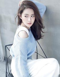 王若雪主演网剧《无法拥抱的你》正在热播