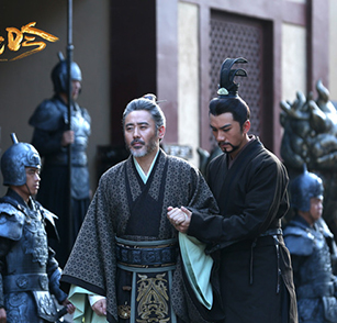 《虎啸龙吟》肖顺尧:吴秀波教我什么叫演员