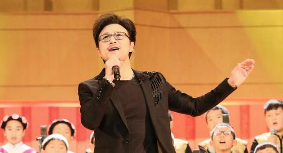 《让世界听见》汪峰带领合唱团走出大山在京汇演