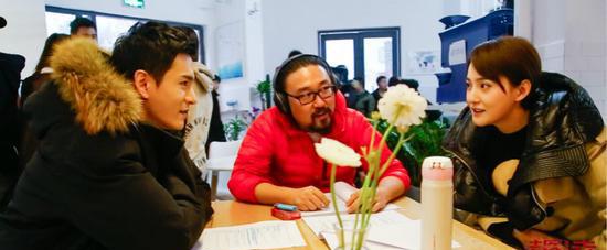 由经超、艾晓琪出演,周琳皓导演的超级网剧《法医秦明之幸存者》公布了首支片花和一组剧照。