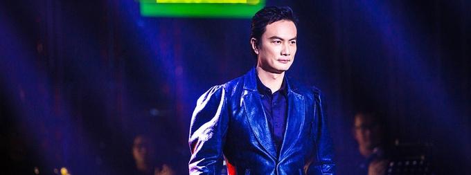 《歌手》李泉携代表作补位 钢琴弹唱尽显音乐才华