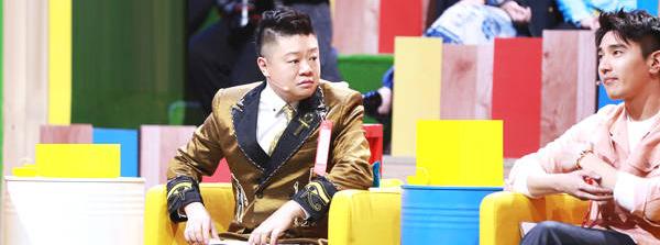 冯唐作客《奇葩大会》第二季自曝曾遭受网络暴力