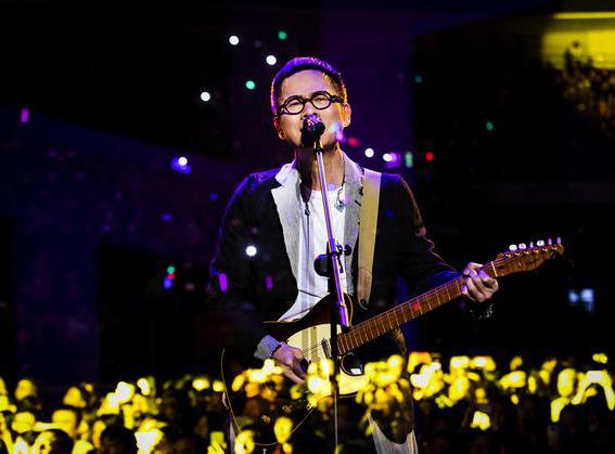 """罗大佑""""当年离家的年轻人""""巡回演唱会5月登陆上海"""
