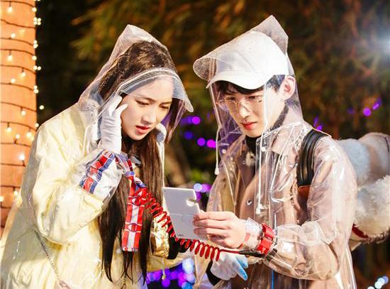 《二十四小时》第三季魏大勋李兰迪雨中放风筝