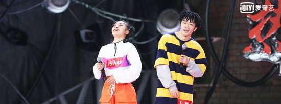 《热血街舞团》舞者彰显中国街舞精神