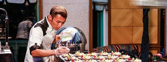 《名厨争锋》谢霆锋东方味道夺冠