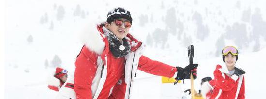 《奔跑吧兄弟》邓超化身滑雪小达人