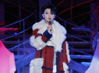 黄子韬2018巡回演唱会首站上海热力开唱