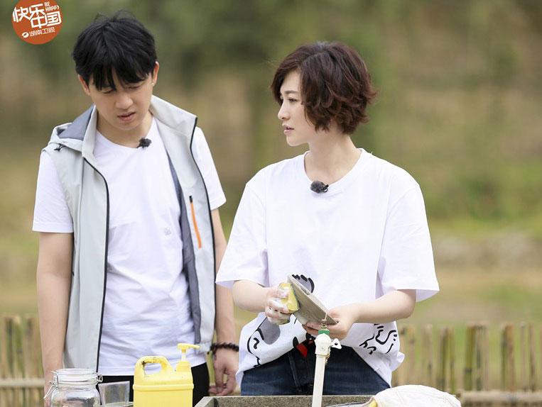 《向往的生活》第二季潘粤明李小冉做客蘑菇屋