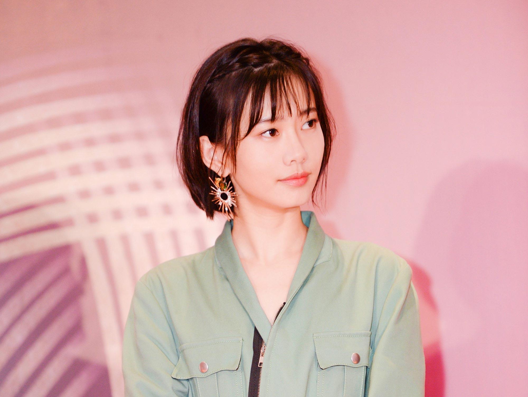 郭姝彤《镜像人·明日青春》上海展映