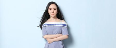 魏新雨单曲《十里桃花一生情》近日上线