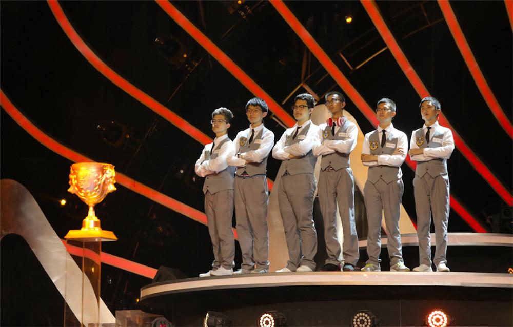 《我中国少年》于7月14日周六晚完美落幕