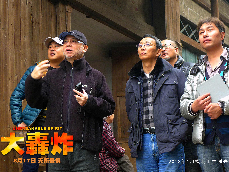 《大轰炸》制作花絮公开 导演萧锋严把关