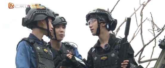 《勇敢的世界》黄明昊欲与张翰组队攻杜江