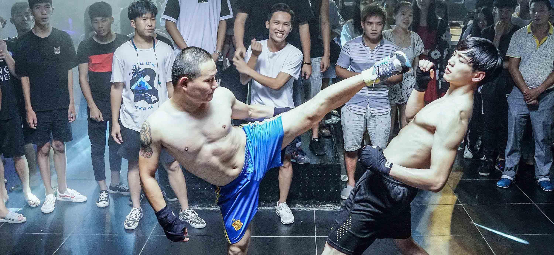 《毒战拳王》今日上线搞笑组合嘻哈上演
