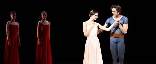 芭蕾演员扎哈洛娃作品《AMORE》中国首演