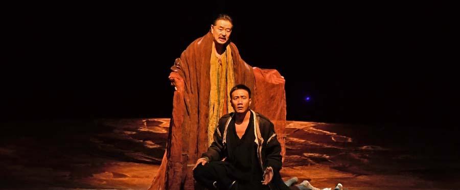 胡军主演话剧《哈姆雷特》北京站圆满成功
